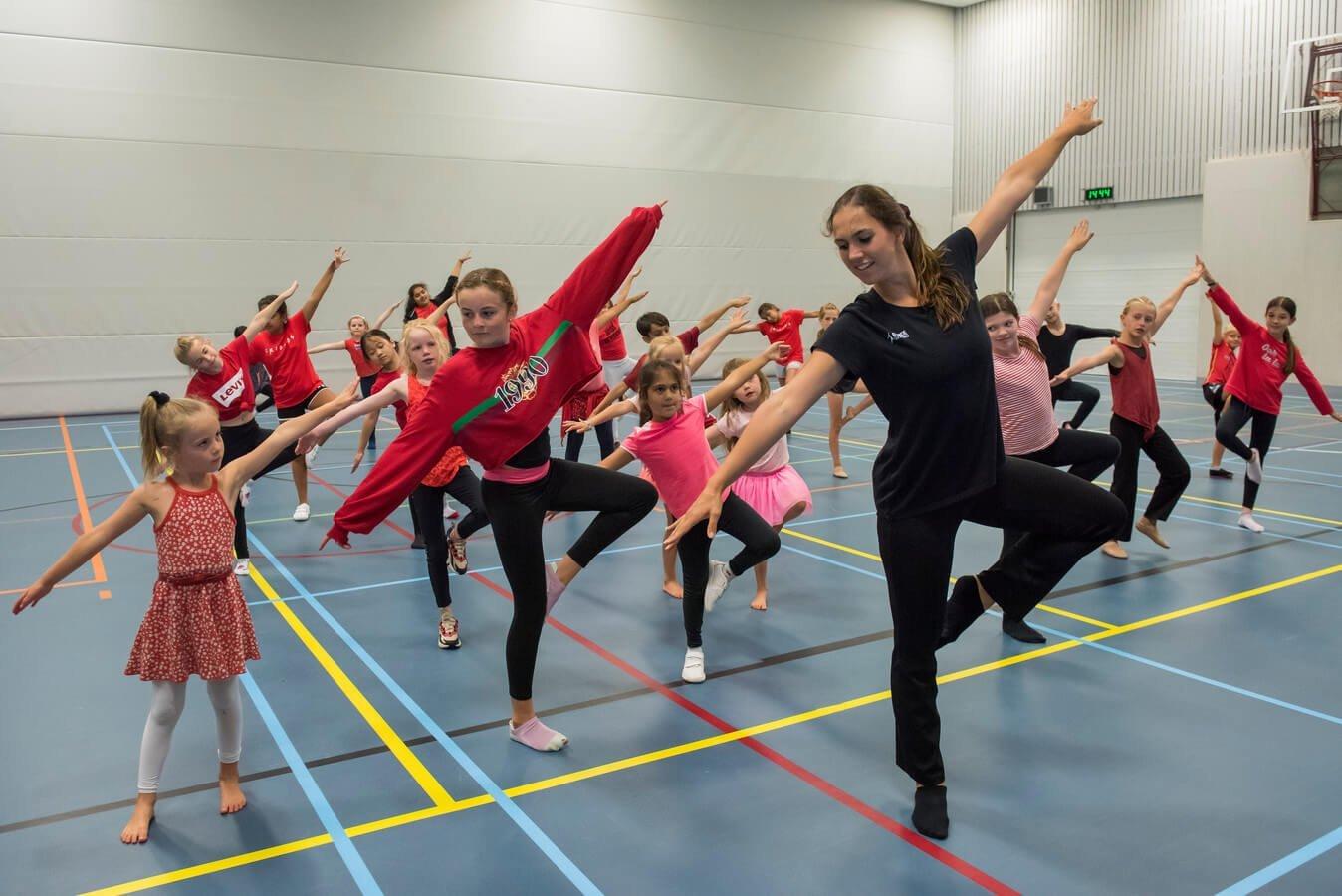 dance giving festival